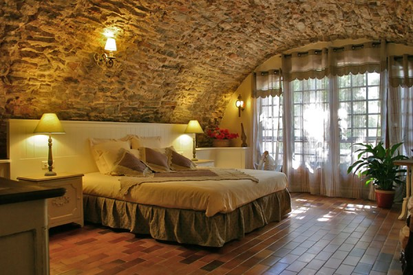 Bed breakfast in besse sur issole bastide avellanne - Lounge stijl ...