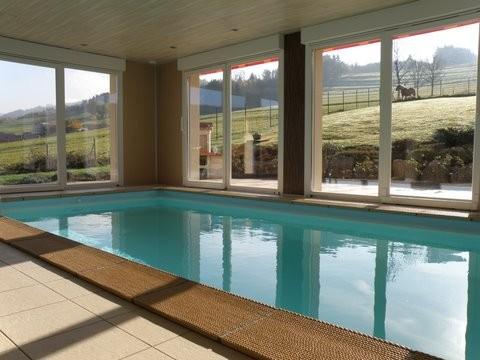 G te ban de laveline au haut de la goutte gite avec - Chambre hote avec piscine interieure ...